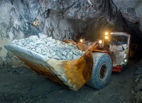 金矿里的金子怎么提炼过程-「金矿提炼黄金方法」
