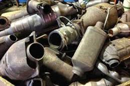 小车三元催化器是什么东西之-「提炼贵金属吗」