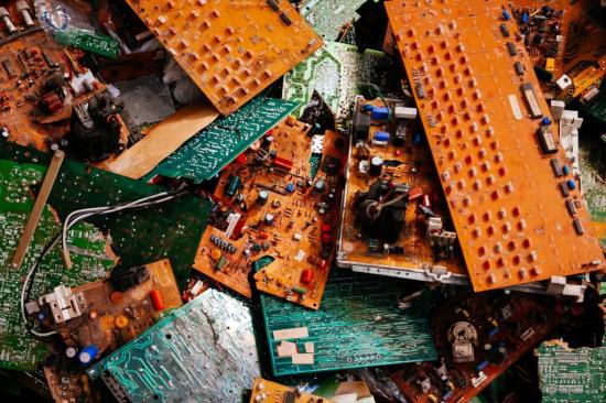 废旧芯片回收价格一般是多少-「工厂芯片回收」