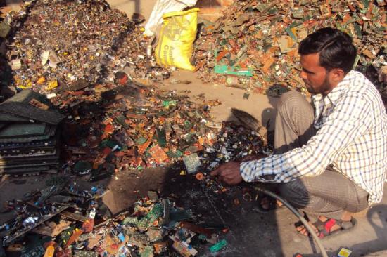 电子物料的回收-「回收芯片」