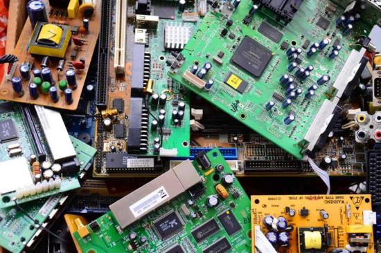 电子元件回收市场-「回收电路板」
