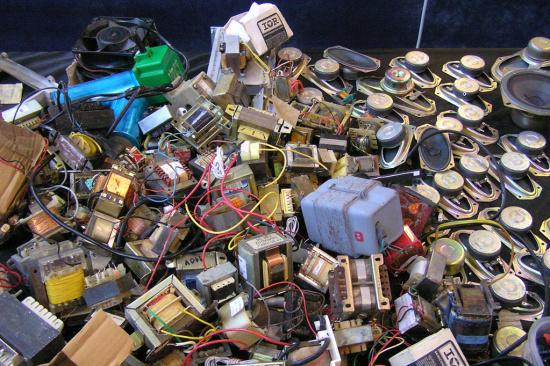 废电容多少钱一斤-「线路板回收」