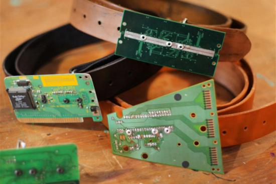 回收废芯片多少钱一斤-「北京线路板回收」