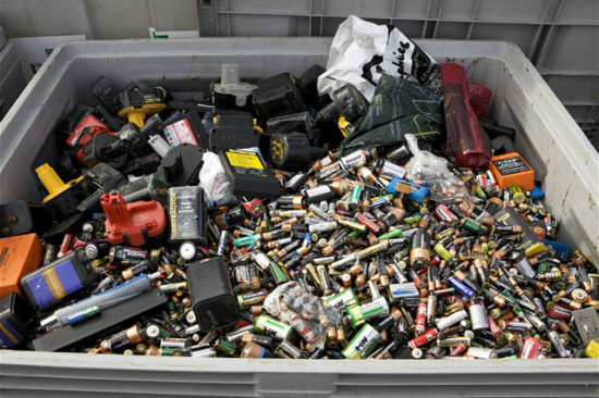 2020废电瓶涨价呢-「专业哪里回收废电池」