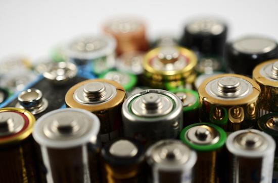 纽扣电池哪里有卖呢-「专业哪里回收旧电池」