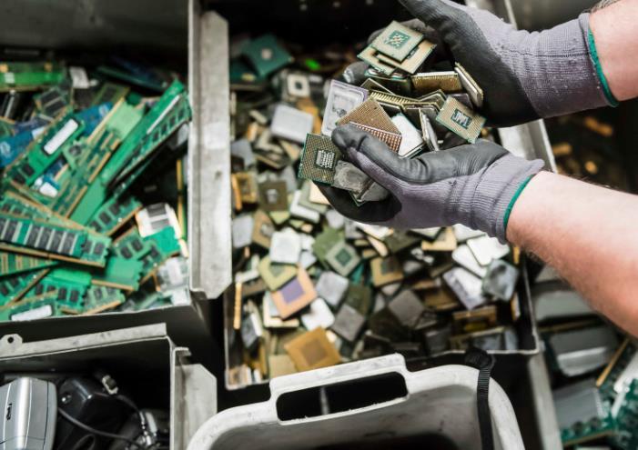 废旧线路板回收设备的-「线路板回收设备了」