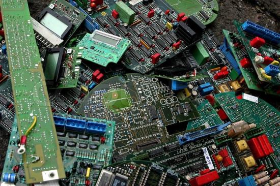 废旧电路板多少钱一斤了-「电路板100元一斤」