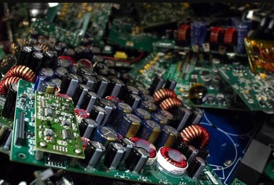 提炼一吨电路板的利润-「废电路板多少钱一吨」